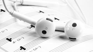 ameliorer-oreille-musicale-ecouteur