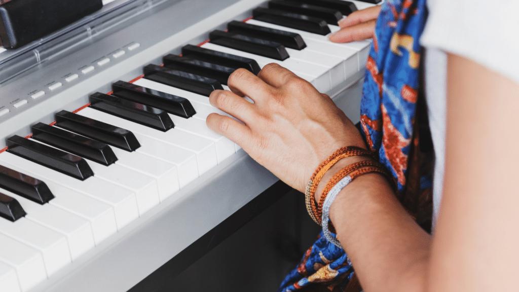 composer-une-chanson-piano